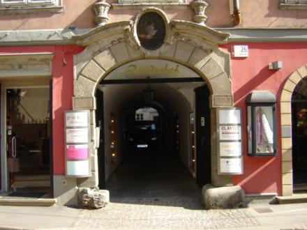 Eingang_Mitte